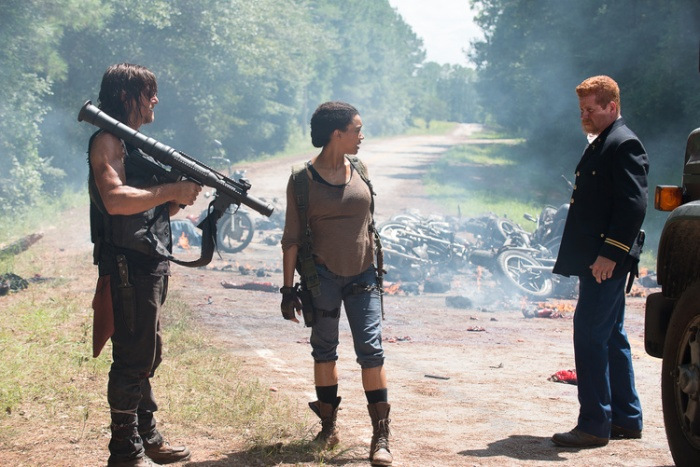 Norman Reedus as Daryl Dixon, Sonequa Martin-Green as Sasha,  Michael Cudlitz as Abraham - The Walking Dead _ Season 6, Episode 9 - Photo Credit: Gene Page/AMC